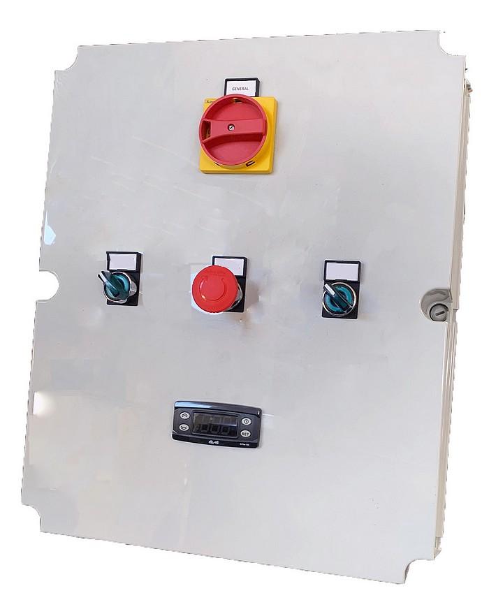 Armoire électrique de régulation de température pour cuve électrique